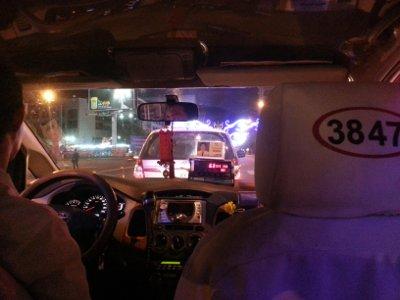 noam-lightstone-hcmc-taxi